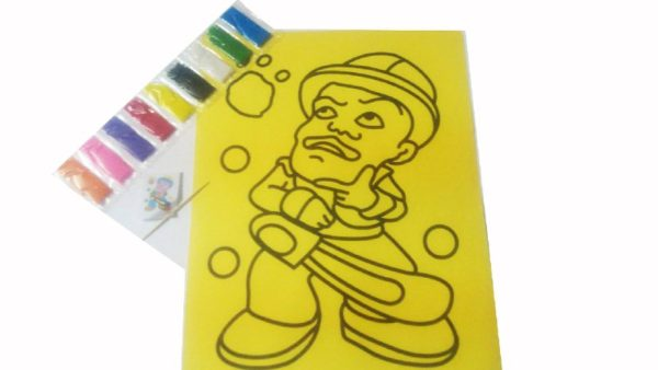التلوين بالرمل لوحة صفراء